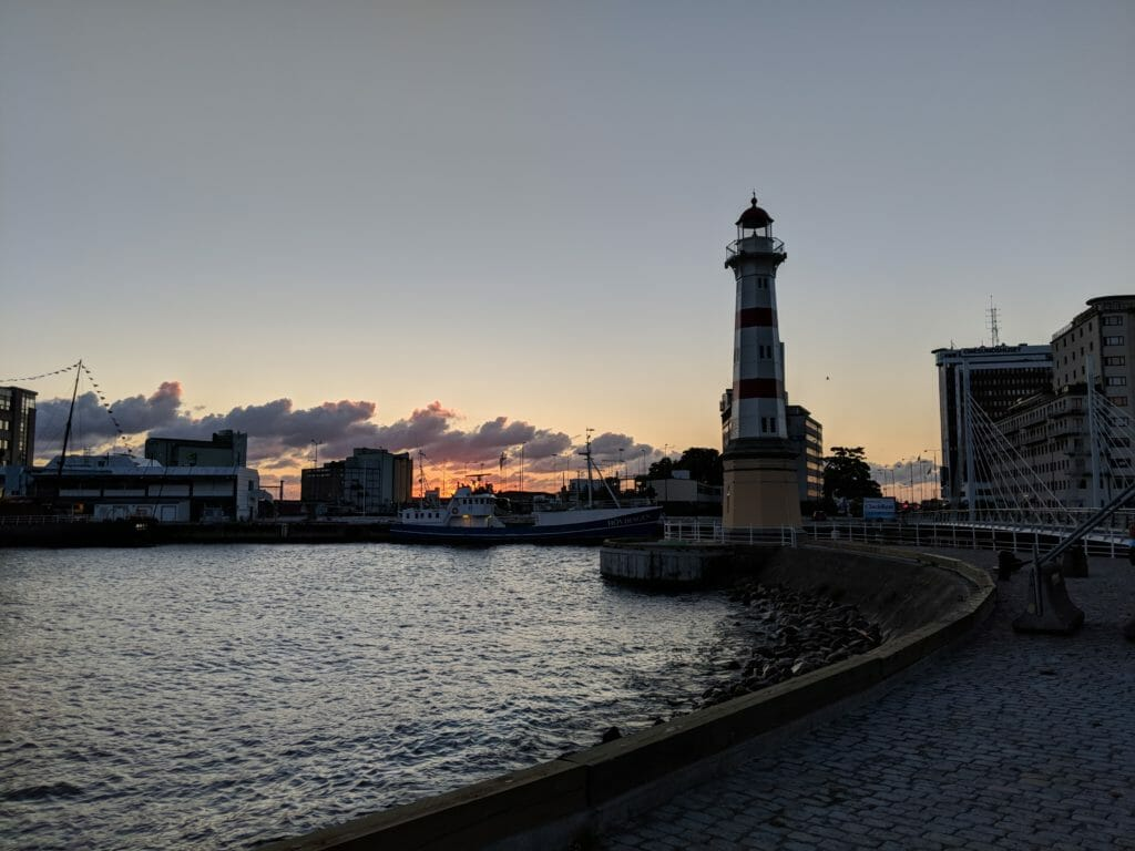 Malmö Sehenswürdigkeiten - Leuchtturm im Sonnenuntergang