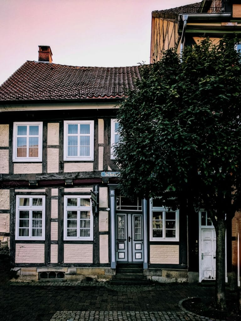 CELLE - A HALF-TIMBERED HOUSES DREAM 8