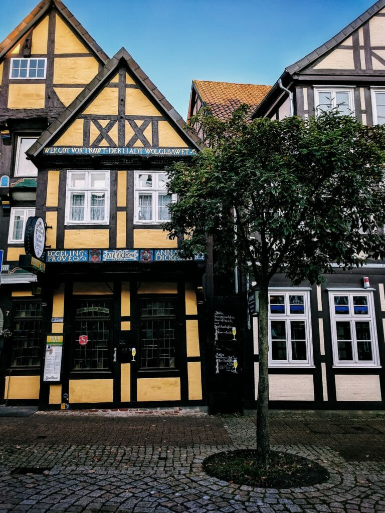 CELLE - A HALF-TIMBERED HOUSES DREAM 9