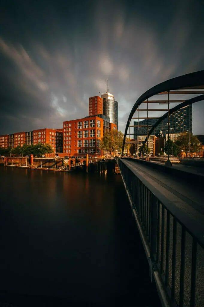 Hamburg Hafencity mit Elbphilharmonie