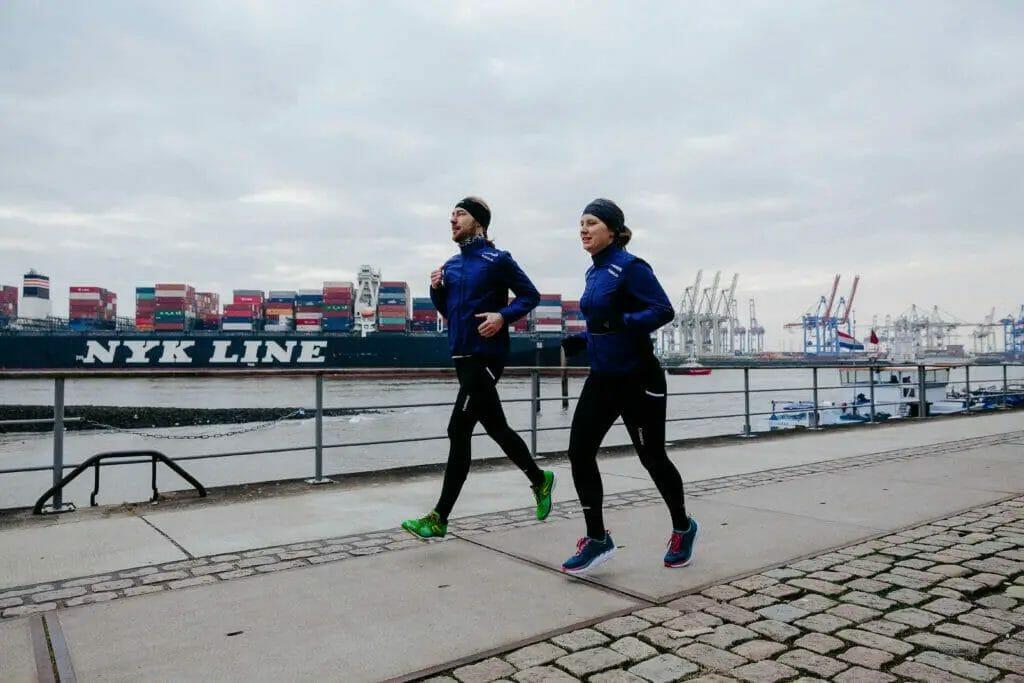 running green - Laufen an der Elbe