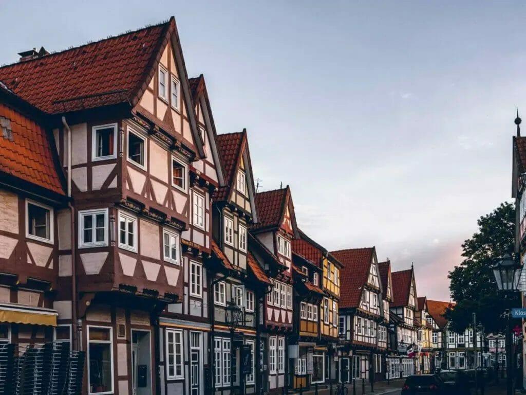 Ausflugsziele Niedersachsen - Celle - Fachwerkhäuser in Celle im Morgenlicht